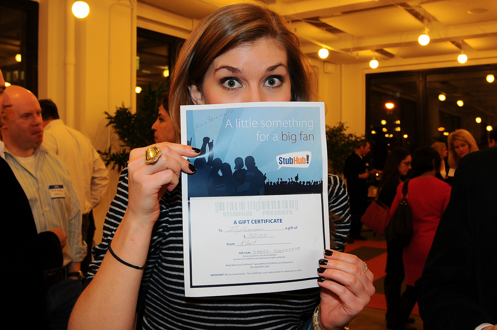 klout nyc, klout perks, klout party raffle winner, reb carlson